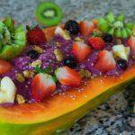 Papaya Boat with açai smoothie and fruits