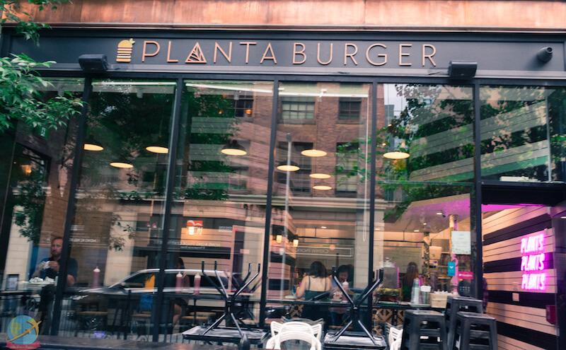 Planta Burger. Restaurante Vegano en Toronto