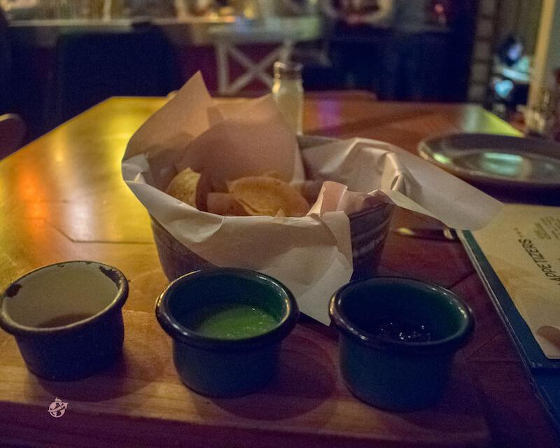 salsas mexicanas y tortillitas
