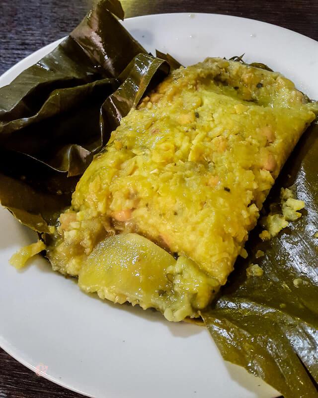 Tamal vegano colombiano
